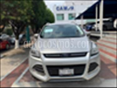 Foto Ford Escape Trend Advance usado (2016) color Plata precio $282,900