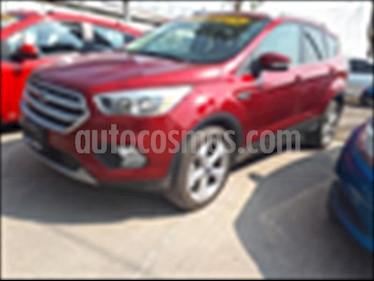 Ford Escape TREND ECOBOOST® usado (2017) color Rojo precio $300,000