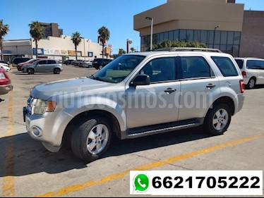 Ford Escape XLS Aut usado (2009) color Plata precio $125,000