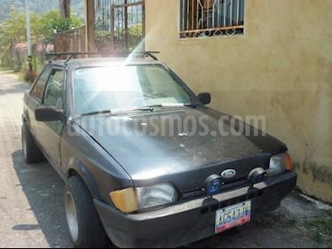 Foto venta carro usado Ford Escort XR3i L4 1.6i (1988) color Negro precio u$s850