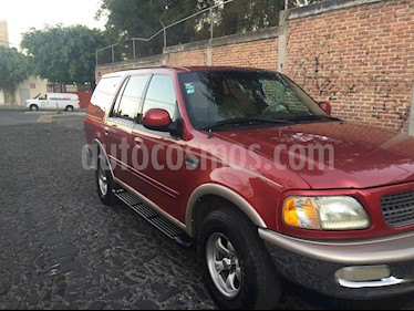 Ford Expedition Eddie Bauer 4x2 usado (1997) color Rojo Vivo precio $58,000