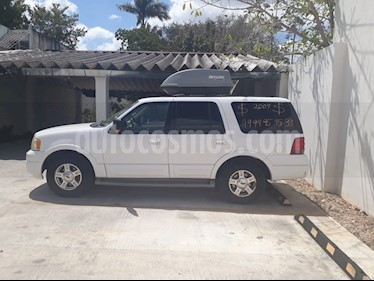 Foto venta Auto usado Ford Expedition Eddie Bauer 4x2  (2004) color Blanco precio $78,000