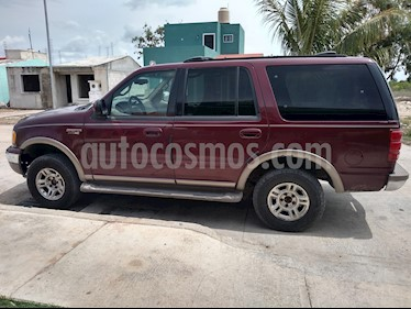 Ford Expedition Limited 4x4 usado (2002) color Rojo precio $55,000
