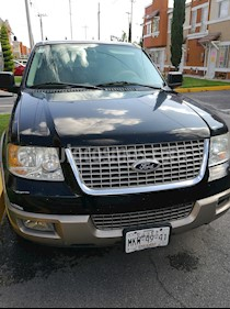 Ford Expedition Eddie Bauer 4x2 usado (2003) color Negro precio $85,000