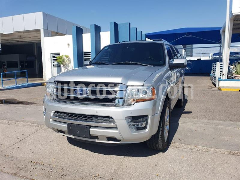 Ford Expedition Limited 4x2 usado (2017) color Plata precio $460,000