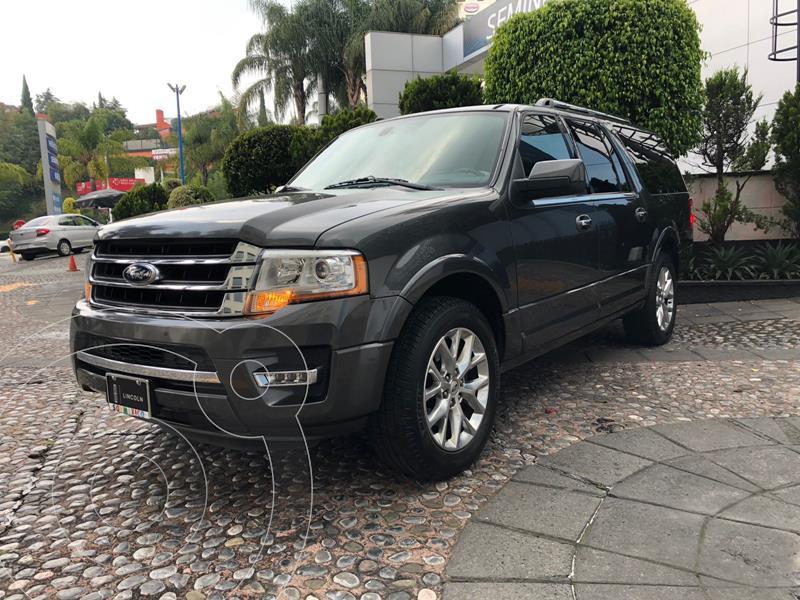 Foto Ford Expedition Limited 4x2 MAX usado (2016) color Gris precio $460,000