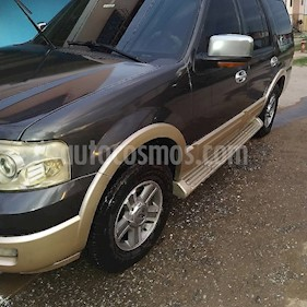 Ford Expedition Xlt 4x4 V8,4.6i,16v A 2 2 usado (2005) color Marron precio BoF182.850.000