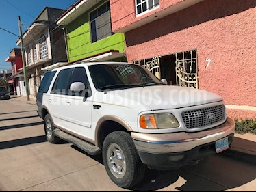 Foto venta Auto usado Ford Expedition XLT 4x2 4.6L (1999) color Blanco precio $55,000