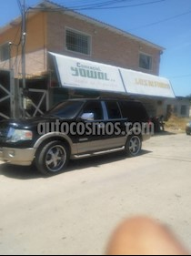 Ford Expedition XLT Auto. 4x4 usado (2007) color Negro precio u$s8.000