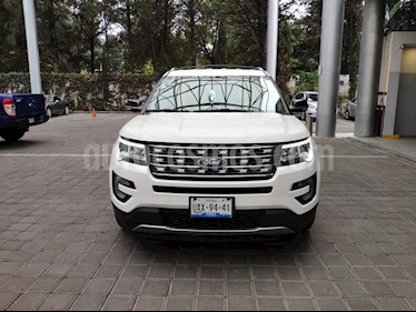 Ford Explorer 3.5 XLT V6 4X2 AT usado (2017) color Blanco precio $540,000