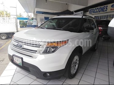 Foto venta Auto Seminuevo Ford Explorer 3.5 XLT V6 4X2 AT (2015) color Blanco precio $315,000