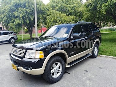 Foto venta Carro Usado Ford Explorer 4.6 V6 Eddie Bauer 4X4 Aut 5P (2006) color Negro precio $25.900.000