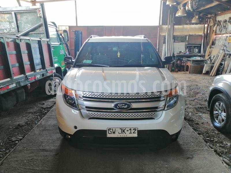 Ford Explorer 3.5L XLT 4x2  usado (2015) color Blanco Oxford precio $14.000.000