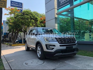 Ford Explorer XLT V6 LEATHER usado (2017) color Plata precio $435,000