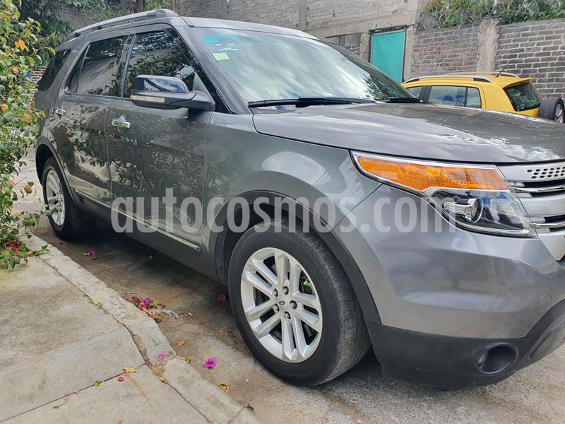 Ford Explorer XLT 4x2 4.0L  usado (2014) color Plata Abedul precio $245,000