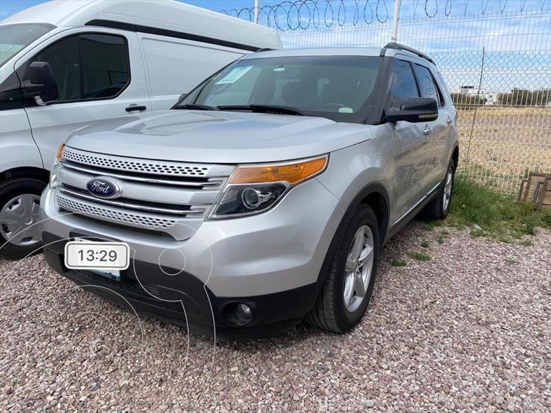 Foto Ford Explorer XLT Base usado (2013) color Plata precio $265,000