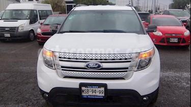 Ford Explorer 5P XLT V6 4X2 DOBLE A/A TELA 4X2 usado (2014) color Blanco precio $269,000