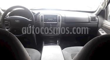 Foto venta Auto usado Ford Explorer Xlt 4x2 V6,4.0i,12v A 1 2 (2005) color Azul precio u$s13.500