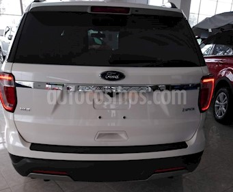 Ford Explorer XLT nuevo color Plata Estelar precio $770,300