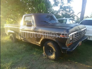 Ford F-100 pick up usado (1975) color Marron precio u$s2.500