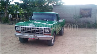 Ford F-100 pick up usado (1977) color Verde precio u$s1.600
