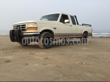 Foto venta Auto usado Ford F-150 Cabina Regular 4x2 V6 (1985) color Blanco Oxford precio $120,000