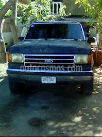 Foto Ford F-150 Lariat Pick-up V8,5.4i,16v A 1 3 usado (1988) color Negro precio u$s1.400