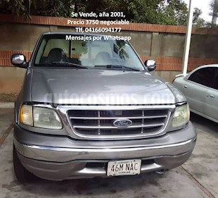 Ford F-150 Lariat Pick-up V8,5.4i,16v A 1 3 usado (2001) color Gris precio u$s3.750
