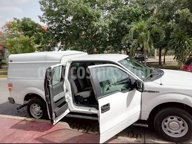 Ford F-150 XL 4x2 3.7L Sup Cab usado (2014) color Blanco Oxford precio $265,000