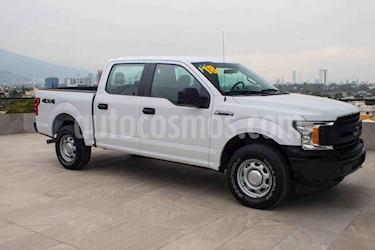 Ford F-150 XL 4x4 5.0L Crew Cabina usado (2018) color Blanco precio $472,700