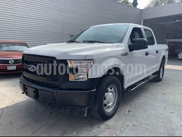 Ford F-150 XL 4x4 5.0L Crew Cabina usado (2017) color Blanco precio $450,000