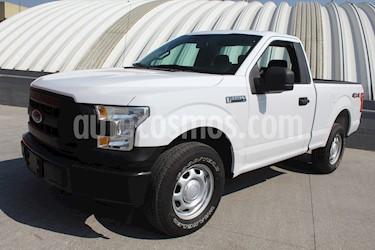 foto Ford F-150 XL 4x4 4.6L Cabina Regular usado (2017) color Blanco Oxford precio $369,000