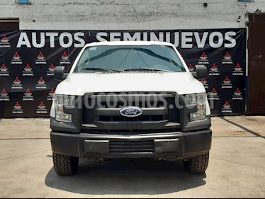 Ford F-150 XL 4x4 5.0L Doble Cabina usado (2015) color Blanco Oxford precio $353,000