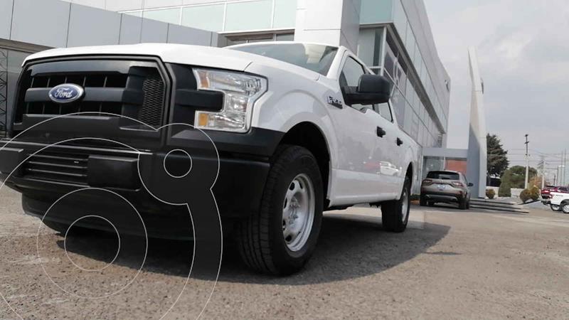 Ford F-150 XL 4x2 5.0L Crew Cabina usado (2016) color Blanco precio $362,000