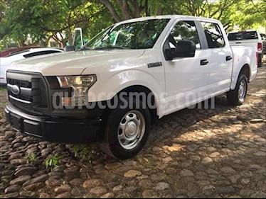 Ford F-150 4P XL DOBLE CAB 4X2 V8 5.0 AUT usado (2015) color Blanco precio $330,000