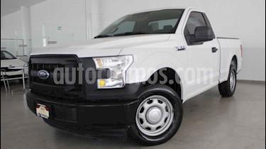 Ford F-150 Cabina Regular 4x2 V6 usado (2017) color Blanco precio $345,000