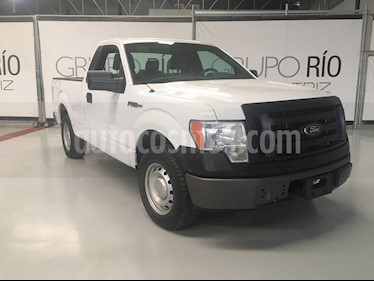 Ford F-150 XL 4x2 3.7L Cabina Regular usado (2011) color Blanco precio $175,000