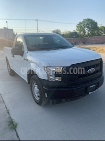 Ford F-150 XL 4x2 3.7L Cabina Regular usado (2017) color Blanco Oxford precio $310,000