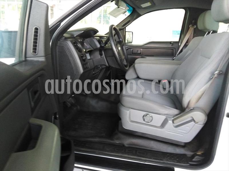 Ford F-150 XL REG CAB 4X2 5.0L V8 usado (2014) color Blanco precio $265,000