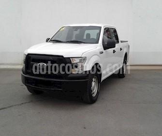 Ford F-150 XL 4x2 5.0L Crew Cabina usado (2015) color Blanco precio $339,000