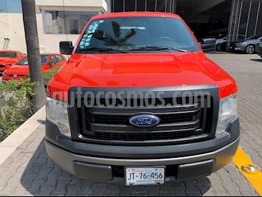 Ford F-150 XL 4x2 4.6L Cabina Media usado (2013) color Rojo precio $223,000