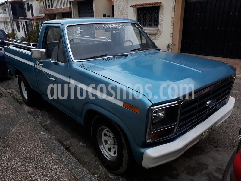 Ford F-150 Pick-up V6,4.2i S 1 3 usado (1980) color Azul precio u$s1.800