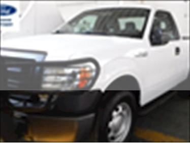 Ford F-150 XL 4x2 3.7L Cabina Regular usado (2014) color Blanco precio $255,000