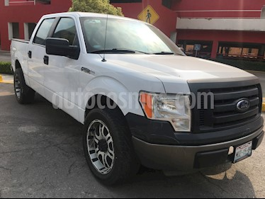 Ford F-150 XL 4x2 5.0L Doble Cabina usado (2011) color Blanco Oxford precio $210,000