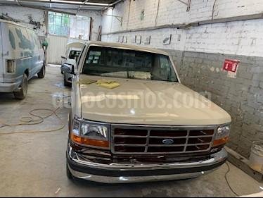 Ford F-250 XL 4.6L V8 Aut usado (1993) color Marron precio $130,000