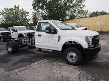 Foto venta carro usado Ford F-350 Cabina 4x4 A-A V8,5.4i,16v S 1 3 (2018) color Blanco precio BoF53.200.000