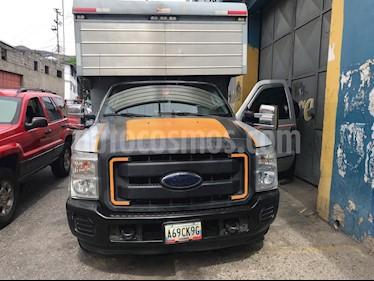 Ford F-350 Cava Triton 4x2 A/A usado (2013) color Gris precio u$s11.500