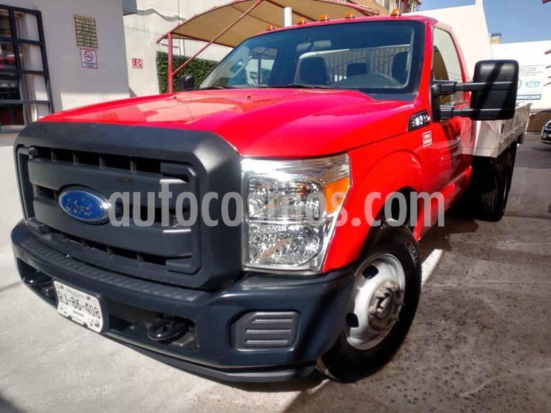 Ford F-350 XL 6.2L Plus usado (2016) color Rojo precio $389,000