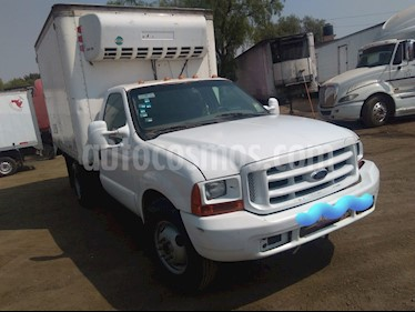 Ford F-350 XLT 5.0L usado (2001) color Blanco precio $117,000