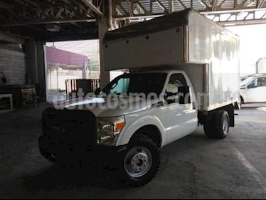 Ford F-350 2P CHASIS XL V8/6.2 MAN usado (2016) color Blanco precio $450,000